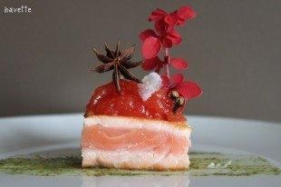 Tronco de salmón con chutney de tomate anisado