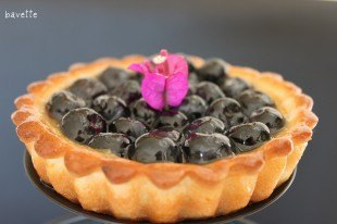 Tartaleta de crema catalana con arándanos