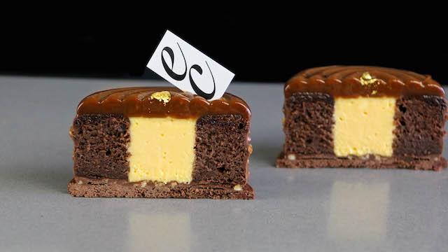 Petit Gâteau de Mango-Pasión y Caramelo salado