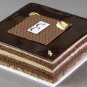 Pastel de Chocolate con crujiente de Almendra y Feulletine