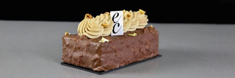 Pastel de Chocolate con corazón de Caramelo