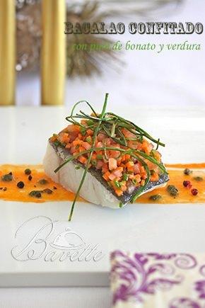 Bacalao confitado. con puré de boniato y verduras