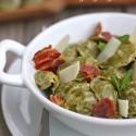 Cappellino al gorgonzola con salsa de mostaza basilic y crujiente de jamón ibérico