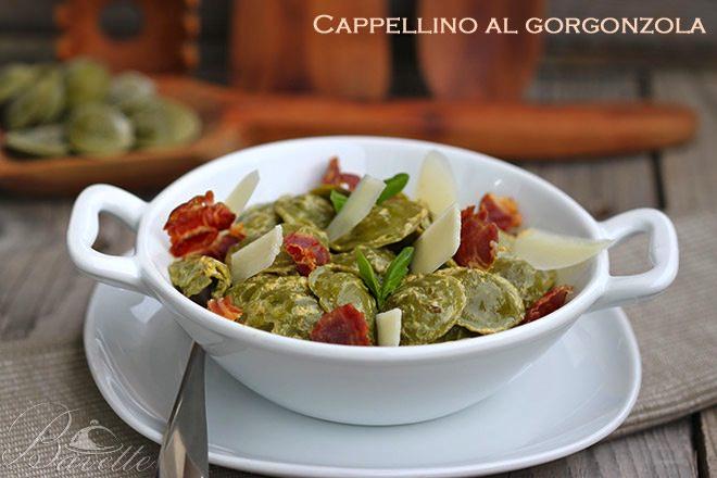 Cappellino al gorgonzola con salsa de mostaza basilic y crujiente de jamón