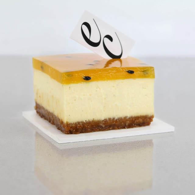 Cheesecake de Fruta de la Pasión y Mango