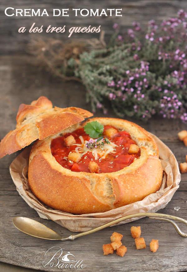 Crema de tomate y pimentón a los tres quesos