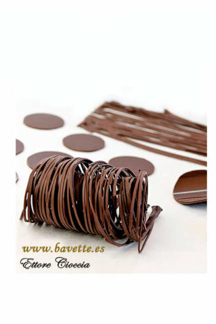 Como atemperar chocolate y elaborar decoraciones