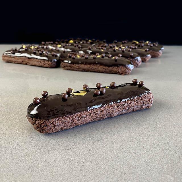 Éclairs de Chocolate cremoso y Glaseado
