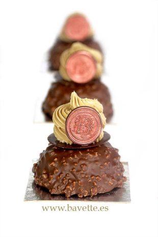 Financiers de chocolate crocante