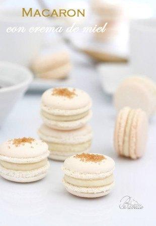 Macaron blanco con crema a la miel miel