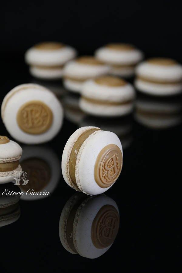 Macarons con ganache de café y chocolate blanco