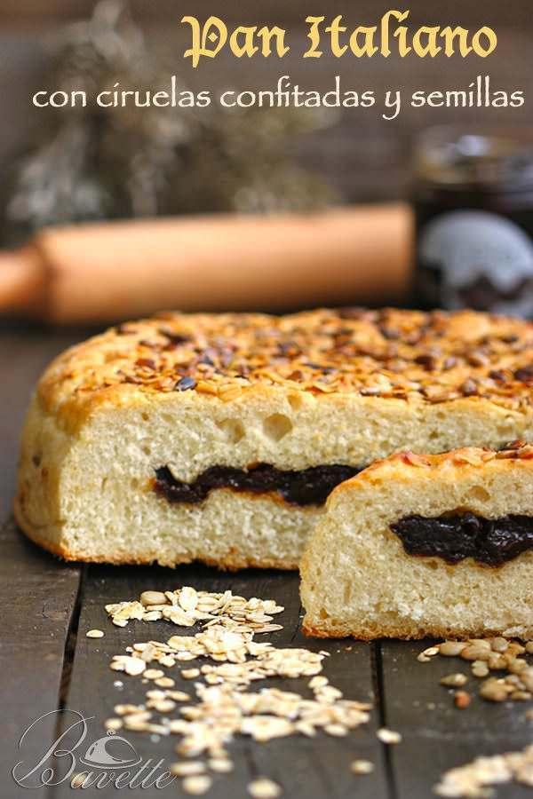 Pan italiano o focaccia con ciruelas y semillas