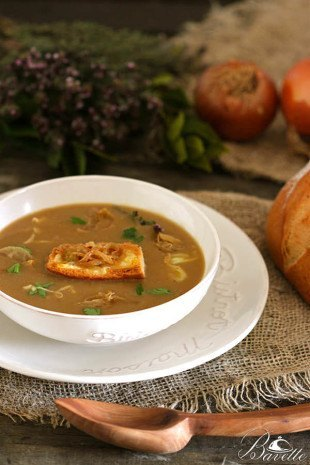 Sopa de cebolla al estilo de Flandes