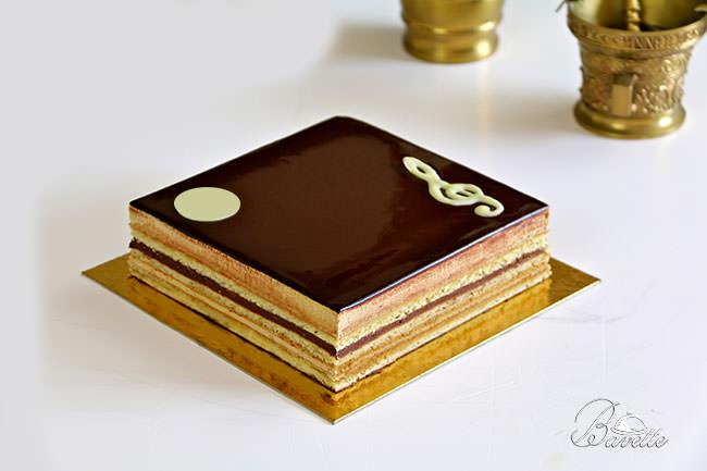 tarta ópera tradicional