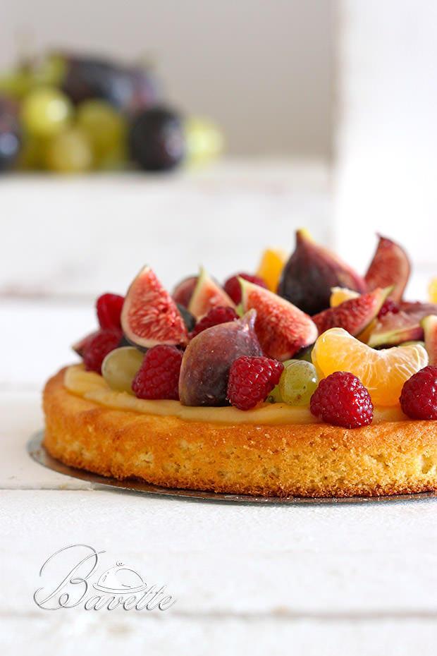 Tarta con crema Madame y fruta de otoño